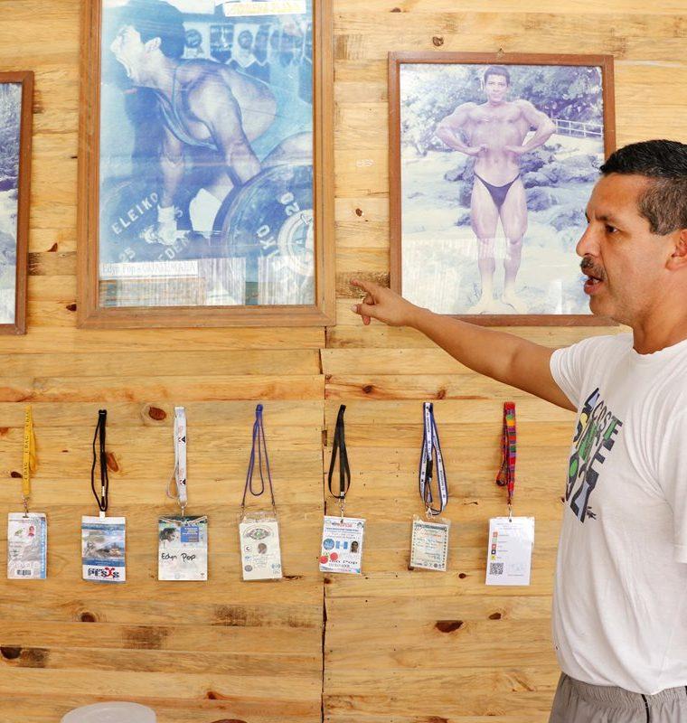 Familia, amigos, deporitstas y dirigentes del deporte de Alta Verapaz se han unido para recaudar fondos para apoyar al Edyn Pop Chiquin. (Foto Prensa Libre: Eduardo Sam Chun)