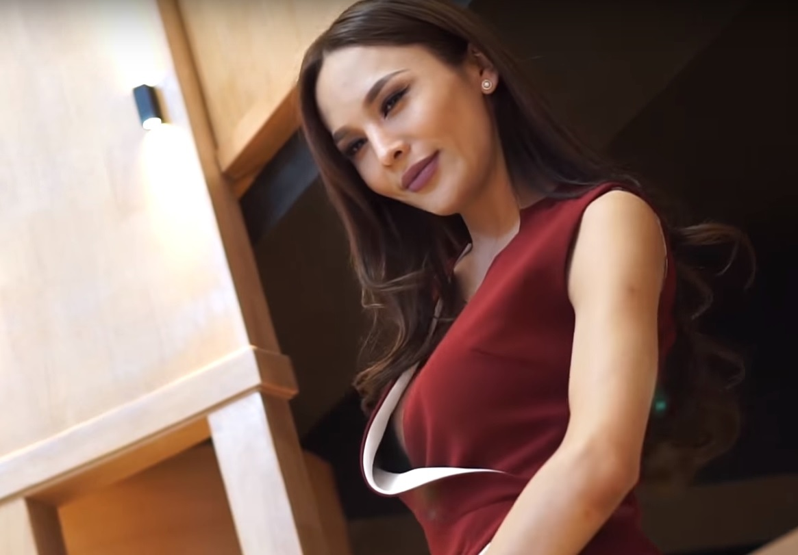 Belguun Batsukh: la segunda mujer transgénero que aspira a la corona de Miss Universo