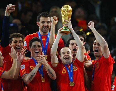 Andrés Iniesta fue el autor del gol con el que España ganó la Copa del Mundo de Sudáfrica 2010. (Foto Prensa Libre: Hemerote PL)