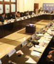 Los jefes de bloques acordaron que la sesión para discutir las reformas a la Ley Electoral comience más temprano. (Foto Prensa Libre: Esbín García)