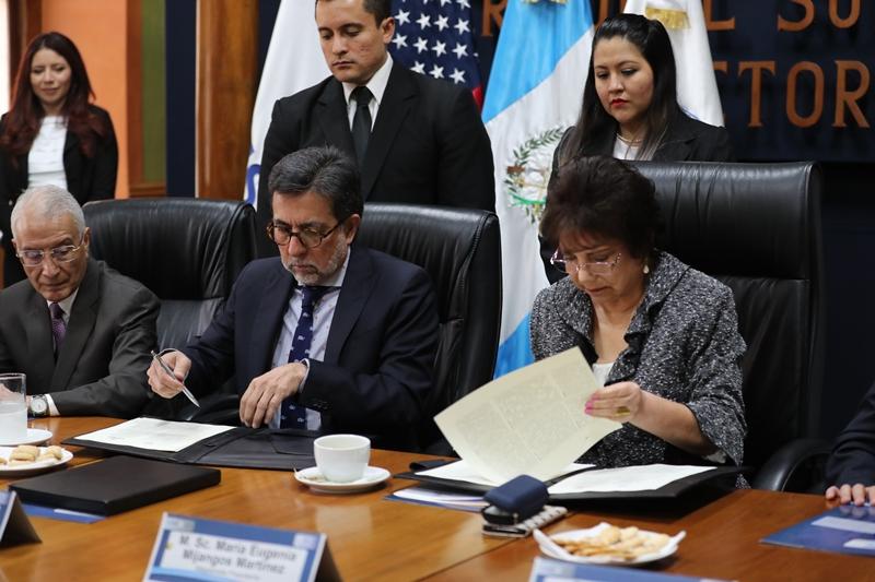 EE. UU. exhorta a erradicar el financiamiento electoral ilícito en Guatemala