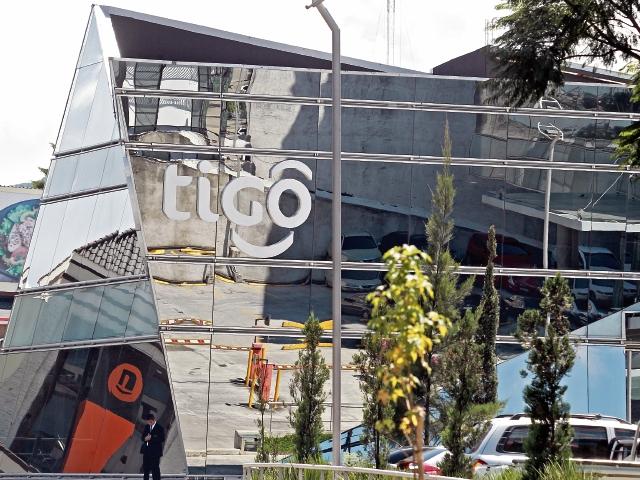 Tigo, que se fundó en 1990 como la primera empresa de telefonía celular, se caracteriza por su innovación, inversión y generación de desarrollo.