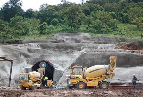 El ingreso a la mina San Rafael. (Foto Prensa Libre: ARCHIVO).