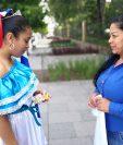 Emily Ceballos venía preparada para participar en el desfile. (Foto Prensa Libre: Estuardo Paredes)