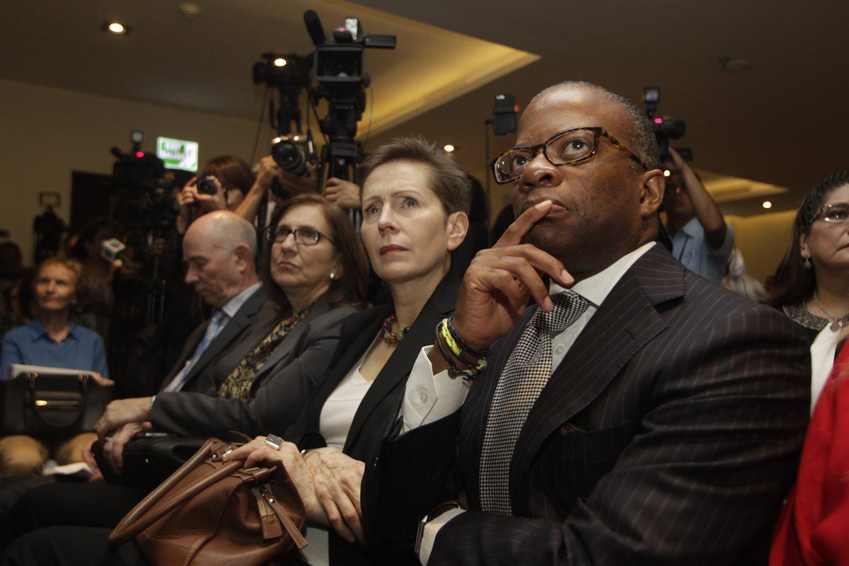 Embajadores acentúan su apoyo a la lucha contra la corrupción