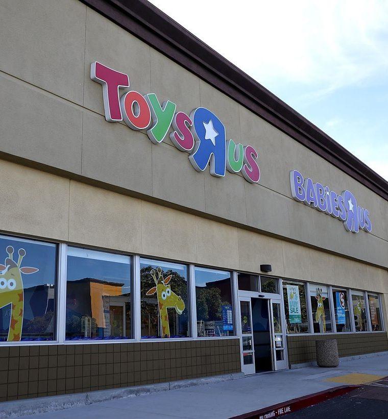 Toys 'R' Us representaba el 13.6 por ciento del mercado de los juguetes en Estados Unidos en el 2016. (Foto Prensa Libre: AFP)