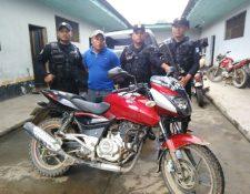 Enrique Choc Xol denunció que fue víctima de robo, pero fue descubierto. (Foto Prensa Libre: Eduardo Sam).