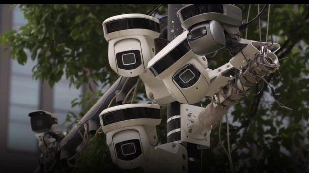 Muchas de las cámaras están equipadas con tecnología de reconocimiento facial.