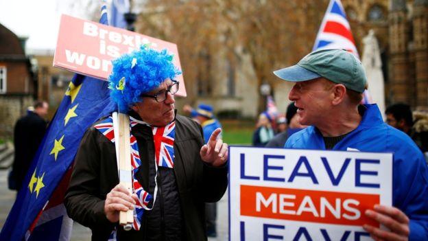 El país y el parlamento siguen divididos por causa del Brexit. REUTERS