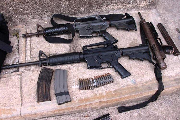 La PNC decomisó un promedio de 13 armas diarias en el 2017. (Foto HemerotecaPL)
