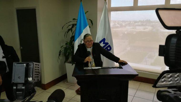 La fiscal General, María Consuelo Porras, designó a la Fiscalía contra el Lavado de Dinero y Otros Activos para investigar al pastor Cash Luna. (Foto Prensa Libre: Kenneth Monzón)