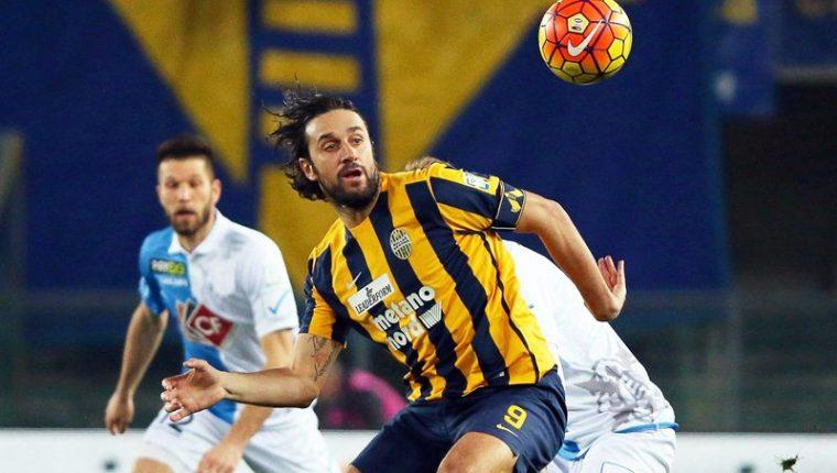 El Hellas se quedó con el derbi pero sigue en el sótano de la Serie A. (Foto Prensa Libre: AFP)