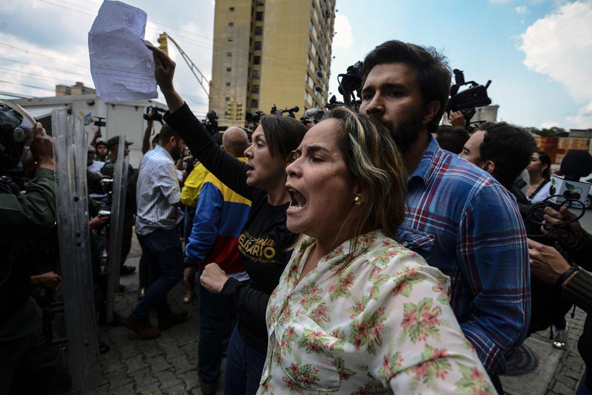Cinco claves de la crisis venezolana; OEA denuncia autogolpe de Estado