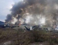 El avión AM2431 de Aeroméxico se estrelló poco después del despegue en Durango. Todas las personas a bordo sobrevivieron. (Reuters)