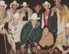 De pie aparecen Sandoval, Motta, Melgar, Thompson, Contreras y Jerez. Abajo Noriega, Montepeque, Cotto y Albizuris en 2007. (Foto Prensa Libre: Facebook)
