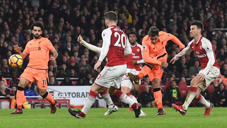 Firmino rescató el empate para el Liverpool y le arrebató la remontada al Arsenal. (Foto Prensa Libre: EFE)