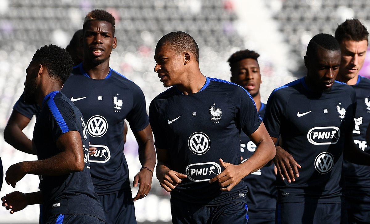 Mbappé es una de las principales figuras del equipo francés. (Foto Prensa Libre: AFP)