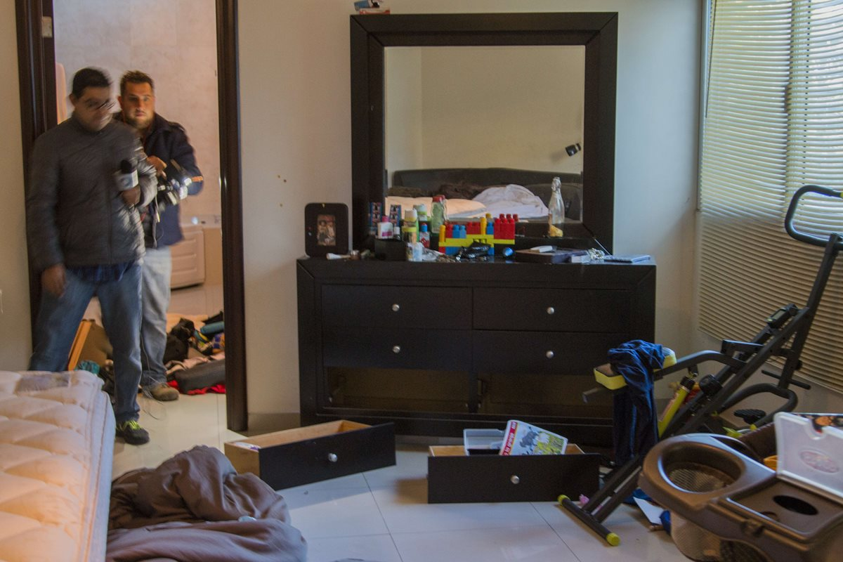Esta fue la última guarida del Chapo en Los Mochis, Sinaloa, una de tantas casas que había comprado por todo el país, según testigos. (Foto Prensa Libre: AFP)