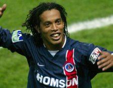 Ronaldinho cuando vistió la camisola del PSG. (Foto Prensa Libre: tomado de internet)