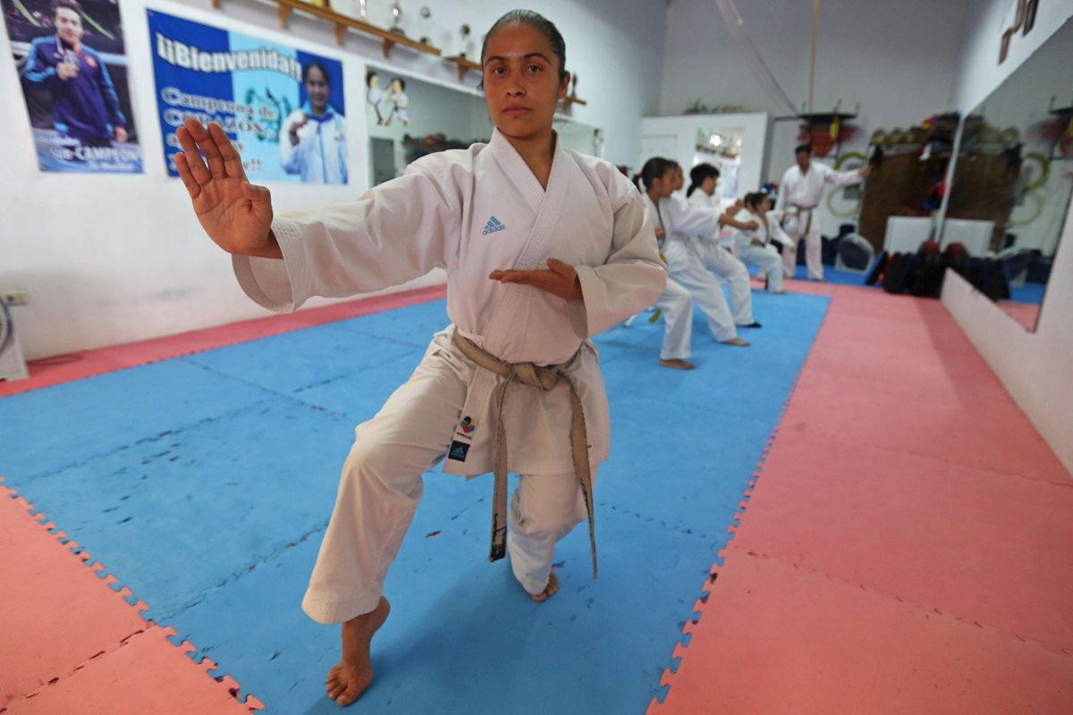 """Cheili González, la karateca del """"yo puedo"""" que sueña con Tokio 2020"""