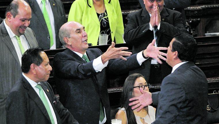 El diputado Mario Taracena es señalado de engañar a sus colegas en el 2016 para prohibir el transfuguismo. (Foto Prensa Libre: Hemeroteca PL)