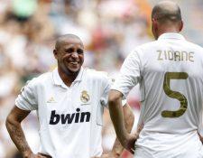 Roberto Carlos dijo que es momento para que Zinedine Zidane descanse, después de haber dirigido al Real Madrid. (Foto Prensa Libre: Hemeroteca)