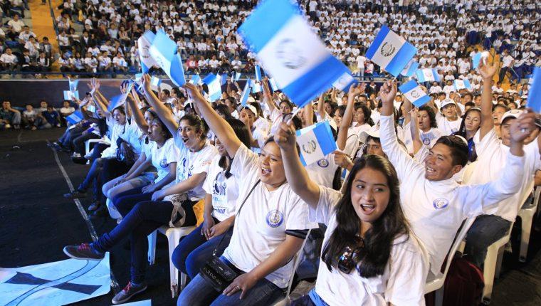 La juventud debe involucrarse en la política para renovar la actual casta  política. (Foto Prensa Libre. Hemeroteca PL)