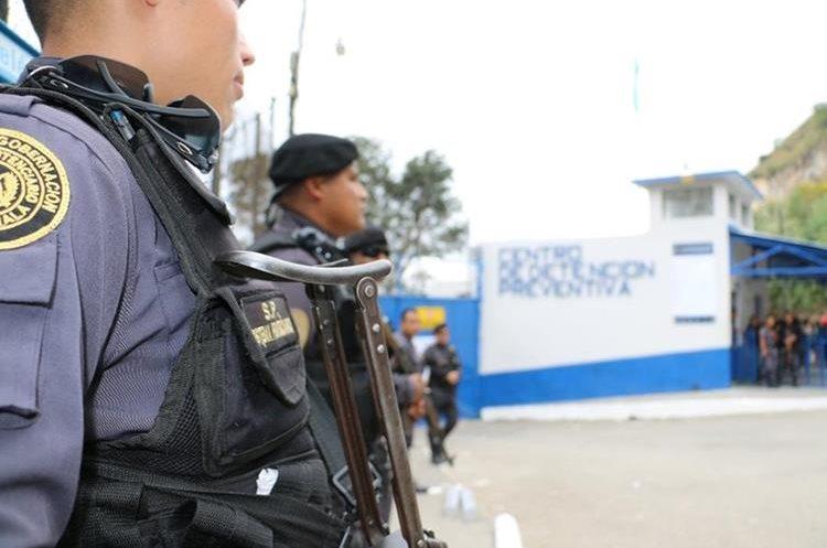 El sistema penitenciario ha recibido varias amenazas y ataques por parte de pandilleros. (Foto: Hemeroteca PL)