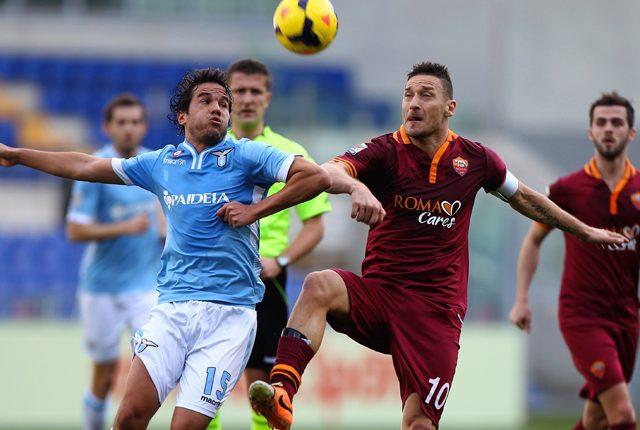 El Lazio - Roma en la semifinal de la Copa de Italia se jugará en un horario poco habitual. (Foto Prensa Libre: Hemeroteca)