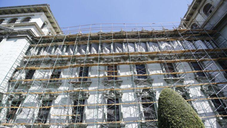 El Palacio Nacional de la Cultura se encuentra en un proceso de restauración (Foto Prensa Libre: Twitter / Ministerio de Cultura y Deportes).