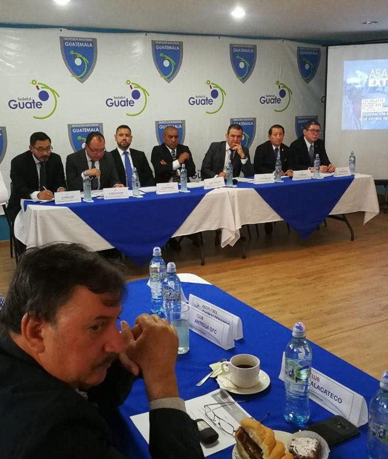 Juan Carlos Río encabeza el Comité de Regularización colocado por la Fifa.  (Foto Prensa Libre: Francisco Sánchez)