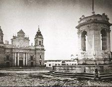 El sitio primitivo de la fuente de Carlos III fue la Plaza de Armas, foto de 1870. (Foto: Hemeroteca PL)