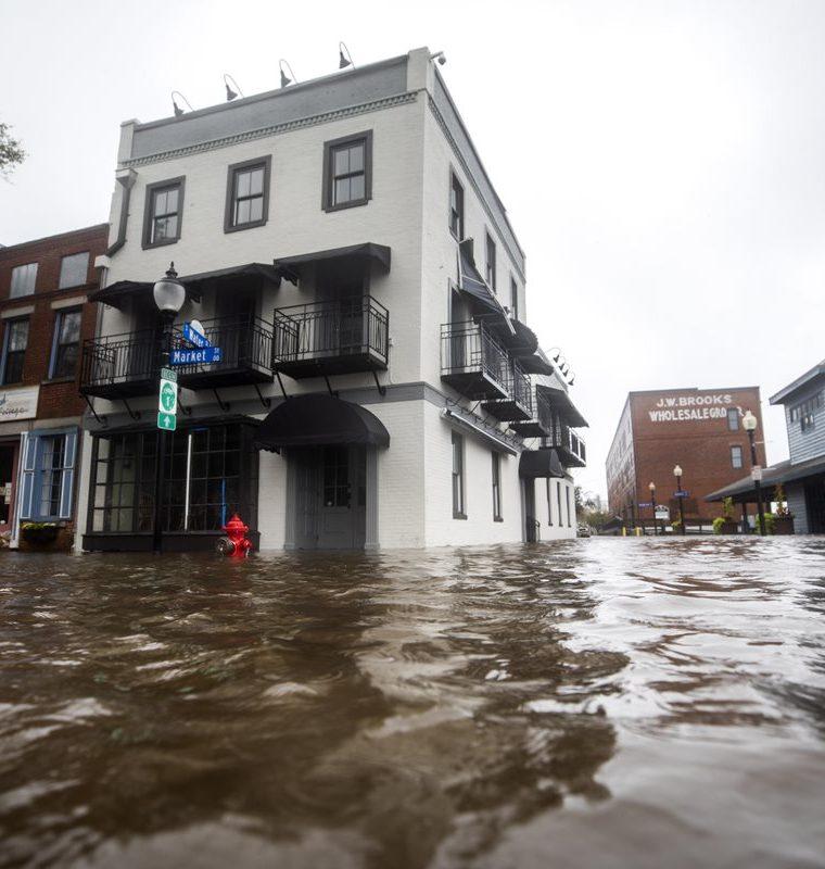 Uno de los barrios de Wilmington, Carolina del Norte. (Foto Prensa Libre: EFE)