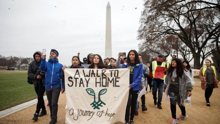"""Varios """"soñadores"""" llegaron a Washington para pedir al Congreso que encuentre una solución que les permita quedarse legalmente en el país de manera permanente. (Foto Prensa Libre: Hemeroteca PL)"""