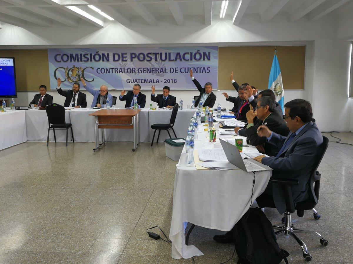 Advierten opacidad en proceso de revisión de expedientes de candidatos a contralor