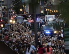 Nueva York estalló en júbilo al paso del Papa por sus calles. (Foto Prensa Libre: AP)