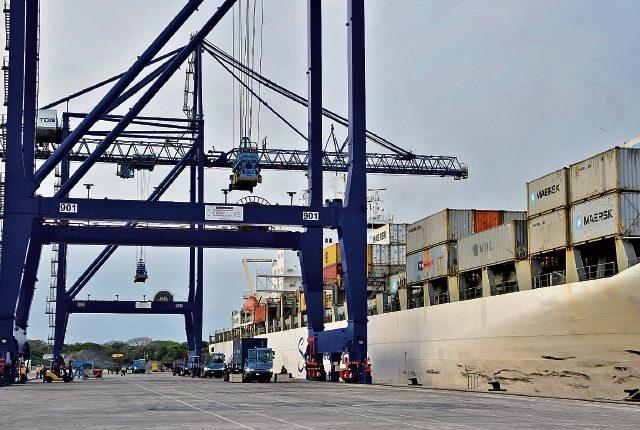 La terminal que construyó APMTerminals está u bicada en Puerto Quetzal, Escuintla. (Foto Prensa Libre: Hemeroteca PL)