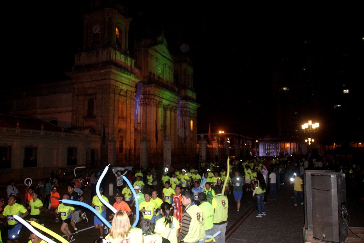 Fue la sexta edición de la carrera nocturna de la ciudad.