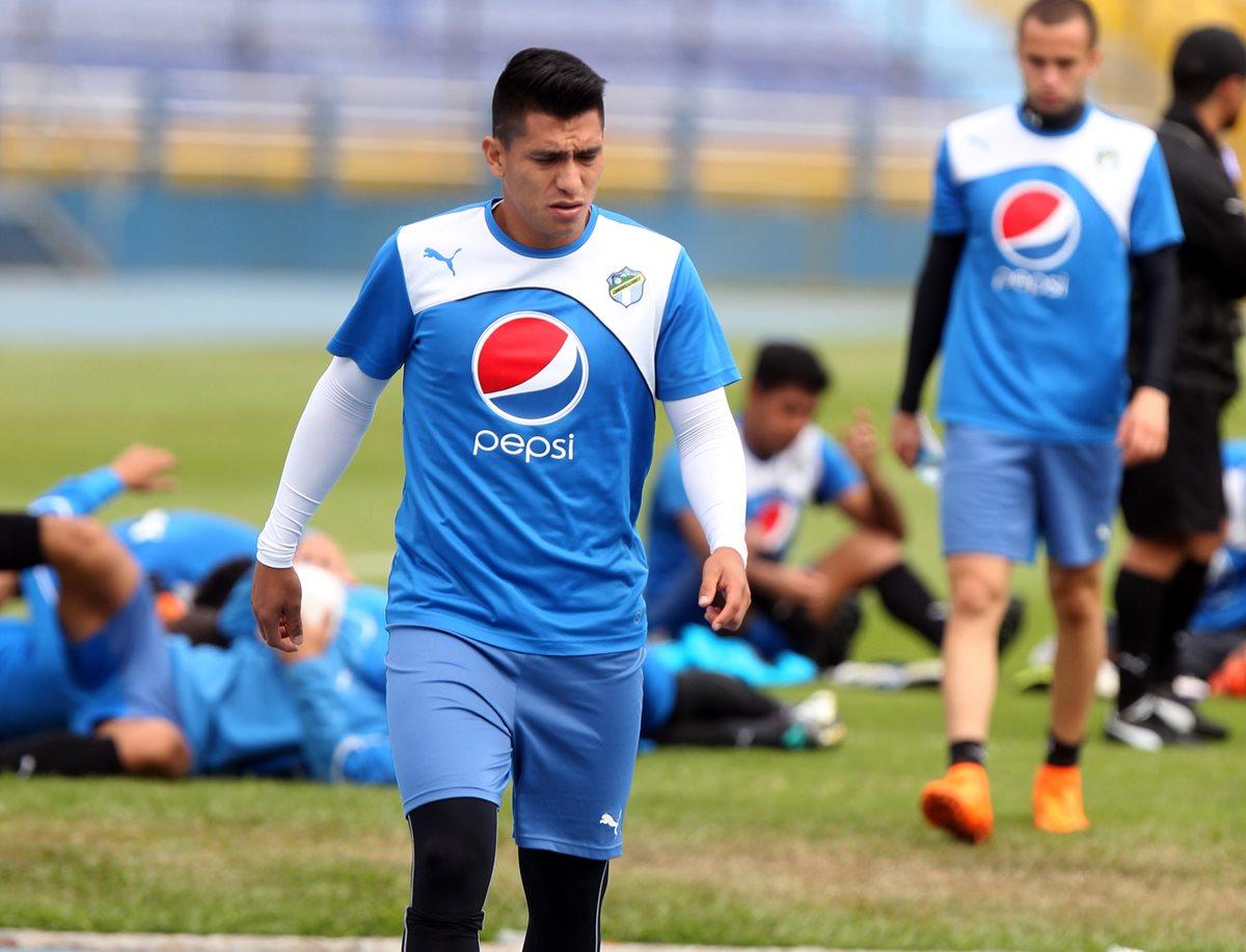 Rafa Morales podría ser baja para el Clásico 291. (Foto Prensa Libre: Carlos Vicente)