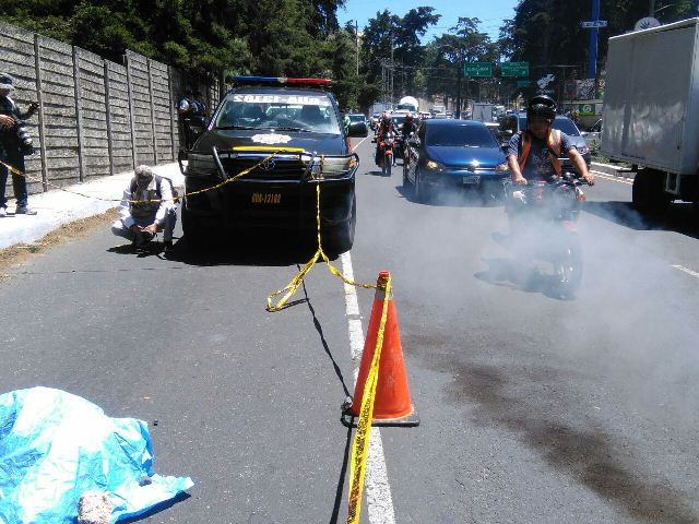 Abandonan cadáver en carretera a El Salvador