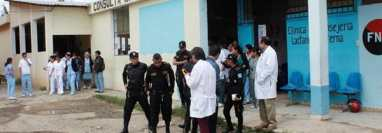 El Hospital Nacional de Chimaltenango habría sido uno de los puntos de contagio. (Foto Prensa Libre: Víctor Chamalé).