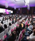 """Al menos 13 expositoras, foros y presentaciones se realizan en el XII Congreso de Mujeres Líderes """"Liderazgo que Trasciende y Transforma"""". (Foto, Prensa Libre: Juan Diego González)."""