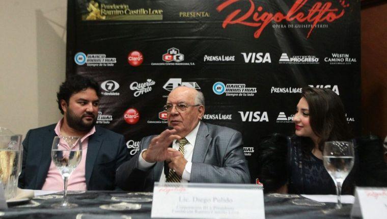 Organizadores, Mario Chang, Diego Pulido y María José Morales ofrecen detalles del montaje. (Foto Prensa Libre: Álvaro Interiano)