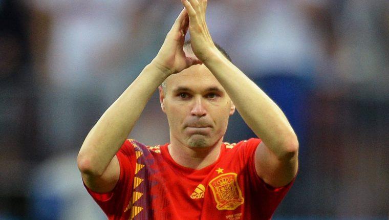 Andrés Iniesta se despide de la Selección española (Foto Prensa Libre: EFE)