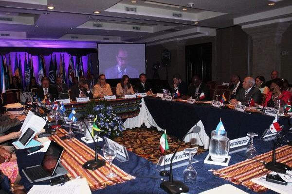 Representantes de 17 países asistieron a la reunión en Antigua Guatemala. (Foto Prensa Libre: Miguel López)