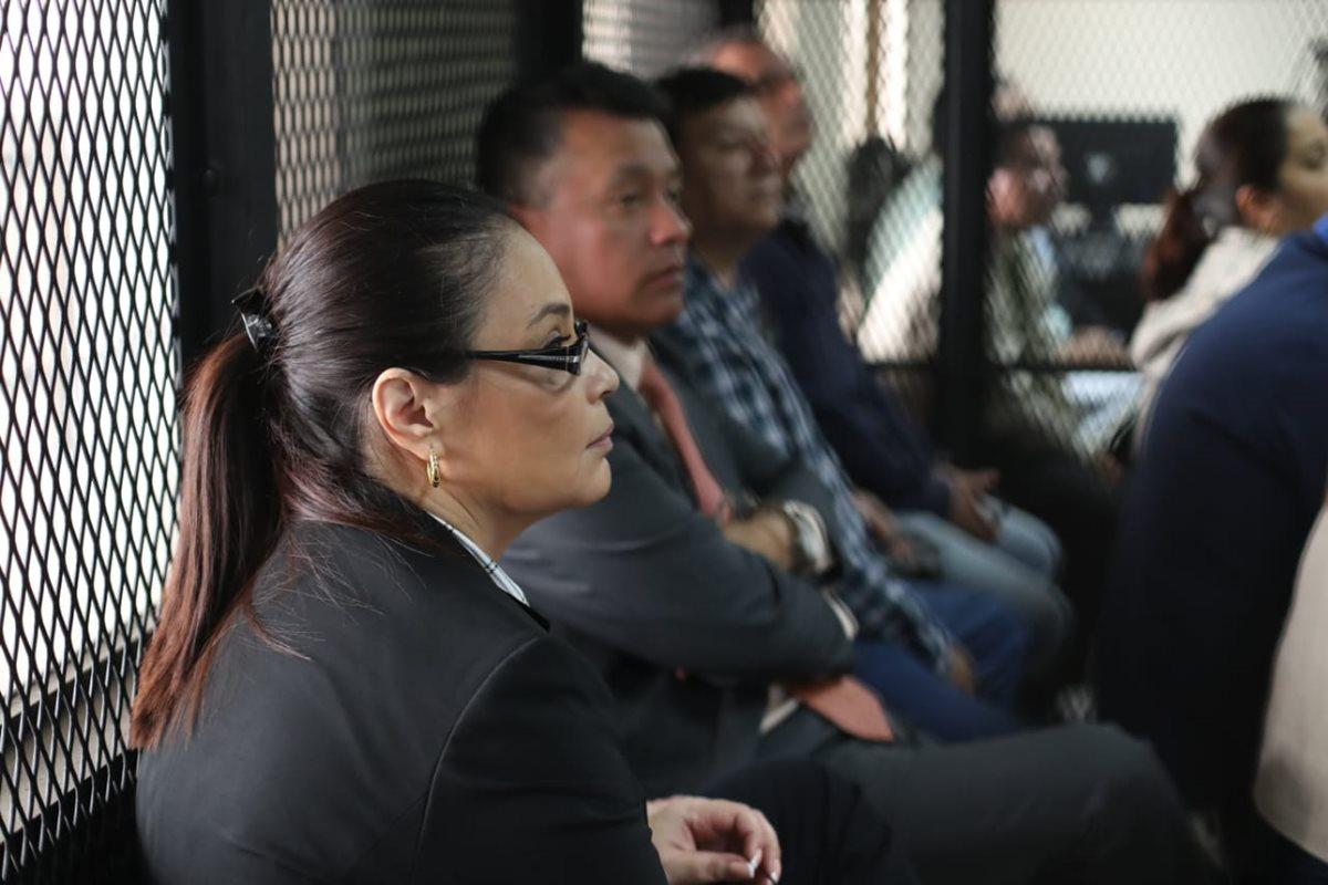 Tribunal de Mayor Riesgo C inició el juicio en contra de la ex vicepresidenta Roxana Baldetti y otras 12 personas por el fraude al Lago de Amatitlán. (Foto Prensa Libre: Paulo Raquec)