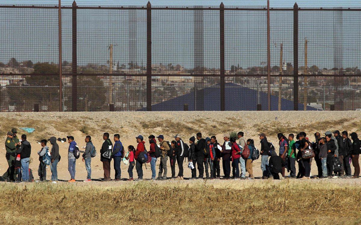 En busca de oportunidades, los centroamericanos migran en caravanas hacia Estados Unidos (Foto Prensa Libre: Hemeroteca PL)