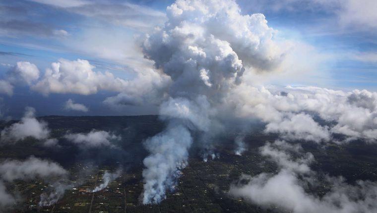 Vista aérea de los daños causados por la lava del Kilauea en Hawái. (Foto Prensa Libre: AFP)