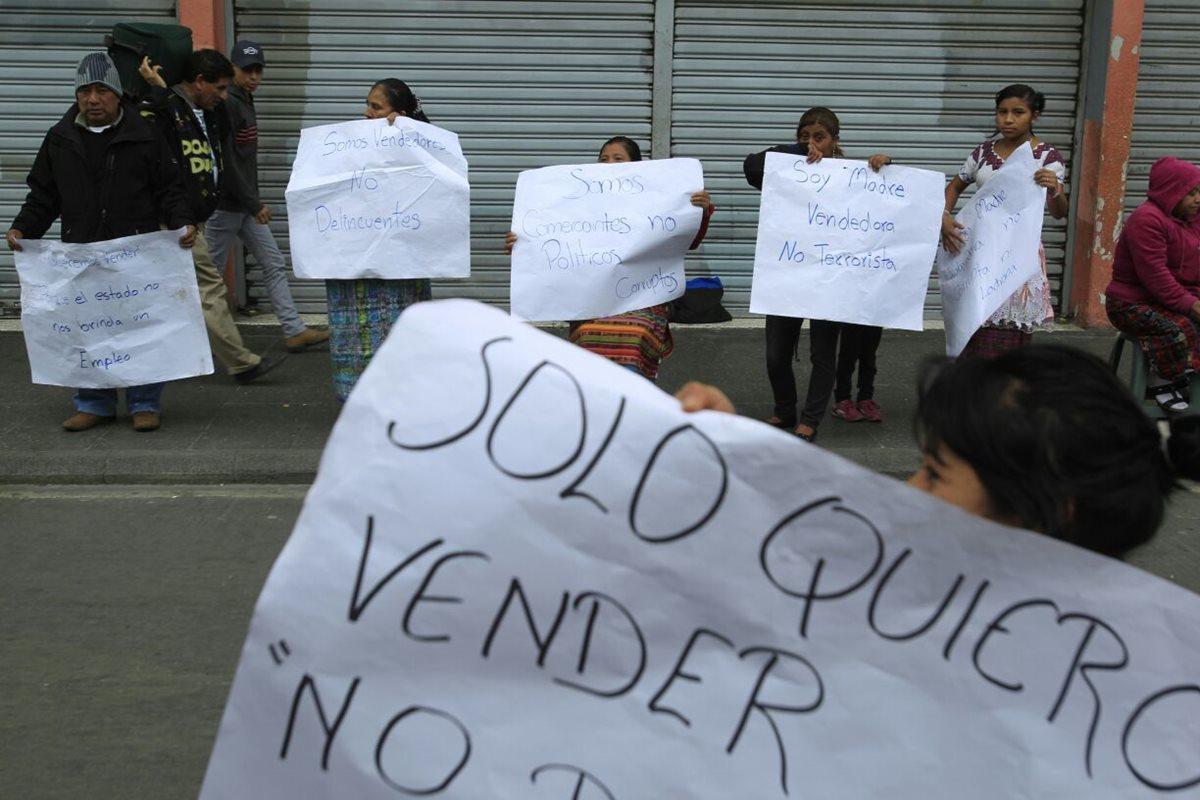 Vendedores abogan por vender en el Paseo de la Sexta