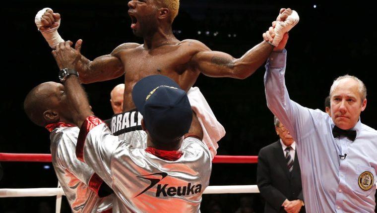 Jezreel Corrales le dio una gran alegría a todos los panameños. (Foto Prensa Libre: AP)